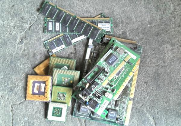 廢電子零件回收